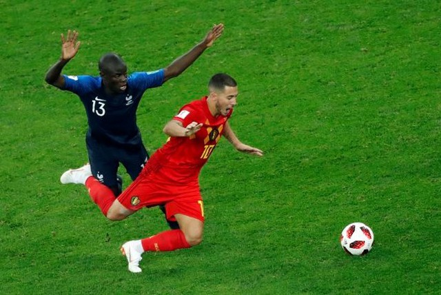Các ngôi sao Bỉ thi nhau chỉ trích lối đá tiêu cực của Pháp - Ảnh 1.