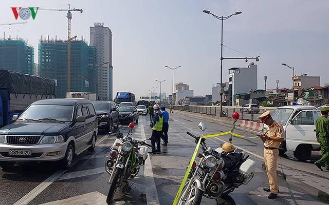 Hiện trường xe khách 47 chỗ cháy dữ dội trên đường vành đai 3 Hà Nội - Ảnh 11.