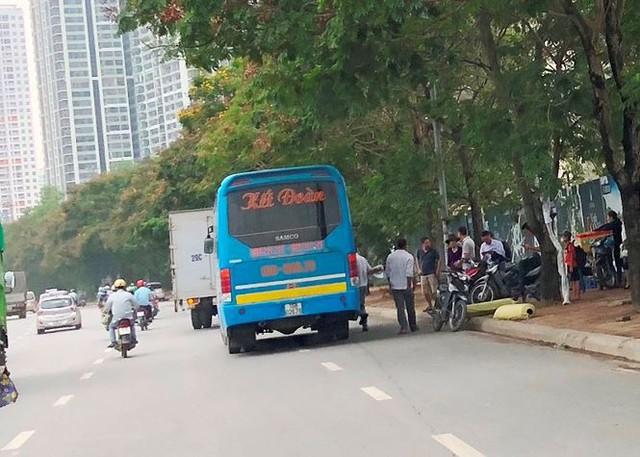 """Hà Nội ngày đầu """"nắn"""" tuyến, nhiều xe khách vi phạm bị nhắc nhở   - Ảnh 4."""