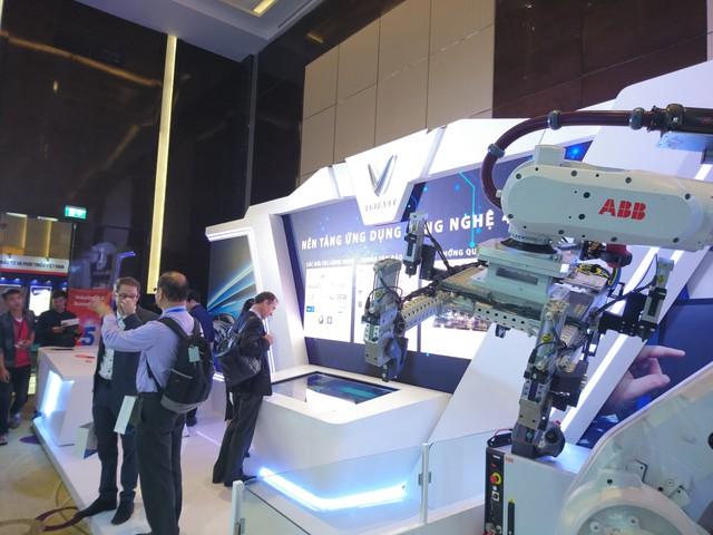 VinFast mua robot sản xuất tự động từ Tập đoàn công nghiệp hàng đầu Thụy Sĩ - Ảnh 1.