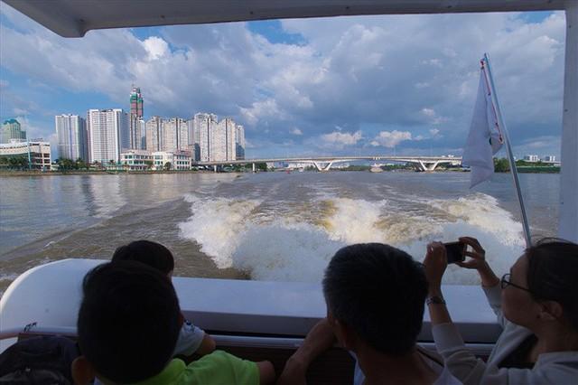 """Tuyến """"buýt sông"""" đầu tiên ở Sài Gòn giờ ra sao? - Ảnh 3."""