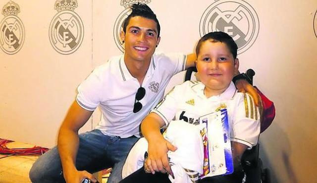 16 câu chuyện tuyệt vời khiến bạn phải có cái nhìn khác về Cristiano Ronaldo - Ảnh 9.
