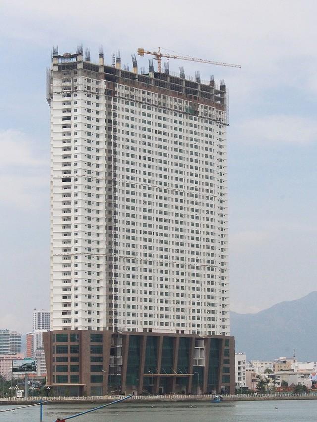 Mường Thanh Khánh Hòa xin cắt 3 tầng xây vượt - Ảnh 1.