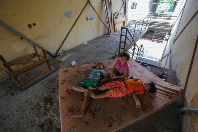 Cận cảnh những khu tạm cư ở Thủ Thiêm - Ảnh 12.