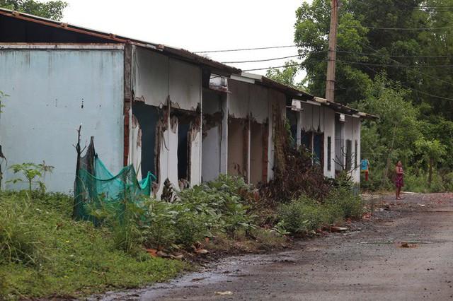 Cận cảnh những khu tạm cư ở Thủ Thiêm - Ảnh 18.