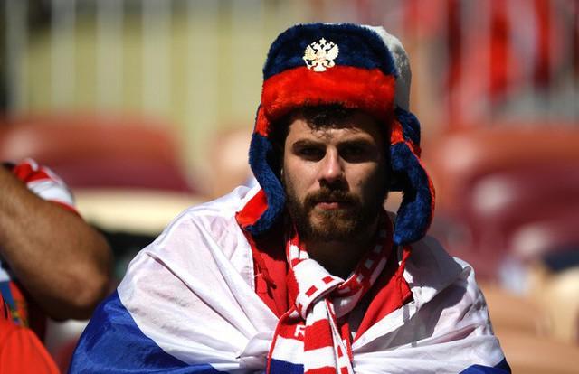 Tột cùng vui sướng, người Nga mơ về ngôi vô địch World Cup 2018 - Ảnh 2.