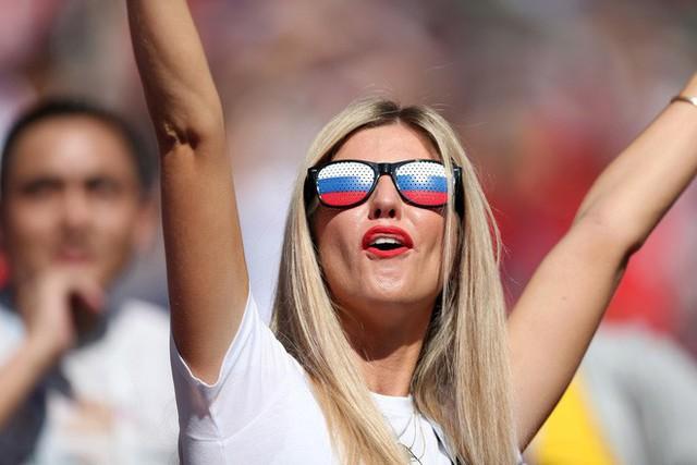 Tột cùng vui sướng, người Nga mơ về ngôi vô địch World Cup 2018 - Ảnh 3.