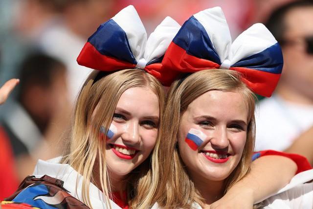 Tột cùng vui sướng, người Nga mơ về ngôi vô địch World Cup 2018 - Ảnh 5.