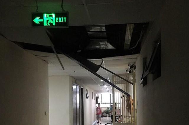 Chung cư Tân Tây Đô: Sau rơi gạch ốp tường là sập trần thạch cao - Ảnh 2.