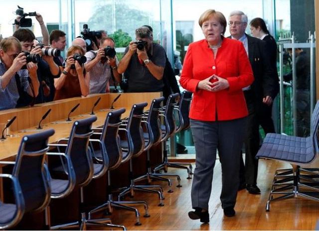 Bà Merkel: Tôi đã đúng khi nói không thể trông chờ vào Mỹ  - Ảnh 1.