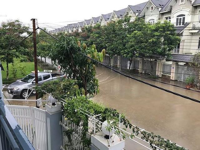 'Làng villa triệu đô Hà Nội ngập lụt vì bị bỏ rơi? - Ảnh 3.