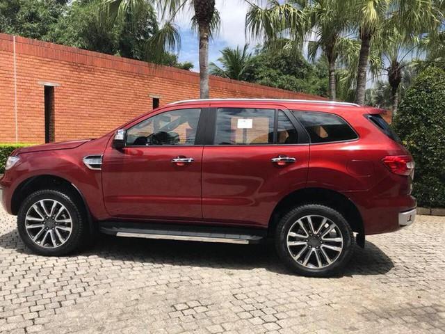 """""""Vua bán tải"""" Ford Ranger 2018 bản cao cấp đã về Việt Nam, giá bán là ẩn số bất ngờ - Ảnh 4."""