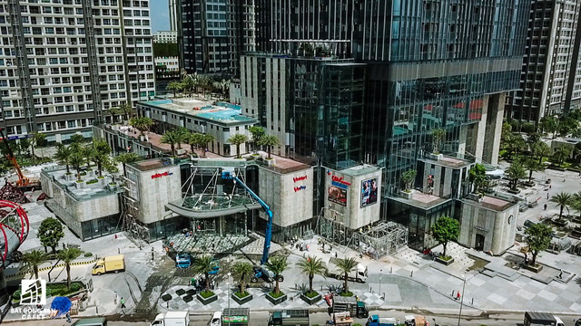Cận cảnh tòa nhà cao nhất Việt Nam chuẩn bị khai trương trung tâm thương mại Vincom Center Landmark 81 - Ảnh 6.