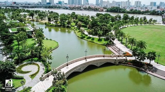 Cận cảnh tòa nhà cao nhất Việt Nam chuẩn bị khai trương trung tâm thương mại Vincom Center Landmark 81 - Ảnh 12.