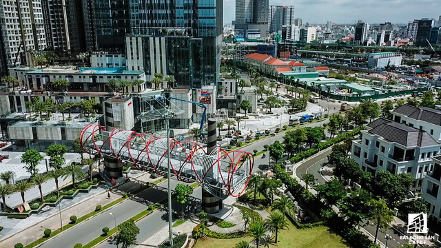 Cận cảnh tòa nhà cao nhất Việt Nam chuẩn bị khai trương trung tâm thương mại Vincom Center Landmark 81 - Ảnh 7.