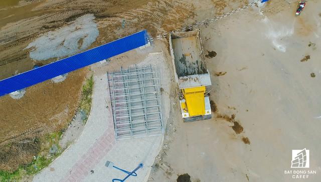 Toàn cảnh Khu liên hợp thể thao Rạch Chiếc (TP.HCM) 15.000 tỷ đồng lỡ hẹn Sea Games 31 nhìn từ trên cao - Ảnh 5.