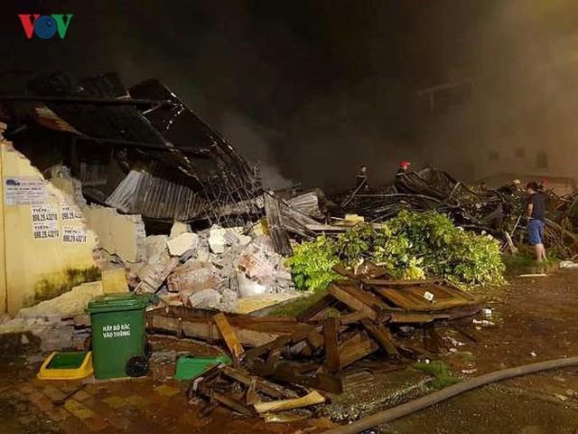 Chợ Gạo ở Hưng Yên tan hoang, đổ nát sau vụ cháy kinh hoàng - Ảnh 7.
