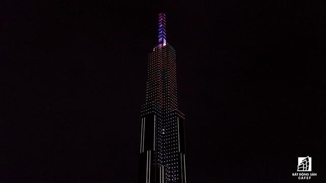 Tòa nhà cao nhất Việt Nam lung linh về đêm giữa Sài Gòn - Ảnh 10.