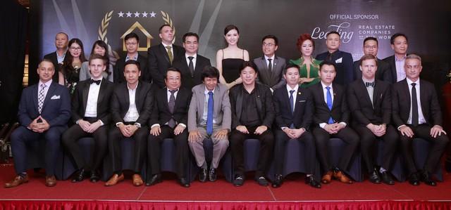 Tập đoàn Sunshine Group lập cú đúp tại Dot Property Vietnam Awards 2018 - Ảnh 2.