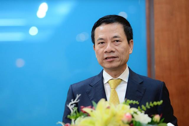 Công bố quyết định phân công Thiếu tướng Nguyễn Mạnh Hùng giữ chức Bí thư Ban cán sự đảng Bộ TT&TT kiêm Phó Ban Tuyên giáo Trung ương - Ảnh 1.