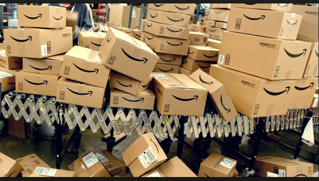 Phải nhìn vào đối thủ thì chúng ta mới thấy được sự tăng trưởng doanh thu của Amazon khủng khiếp đến mức nào - Ảnh 5.