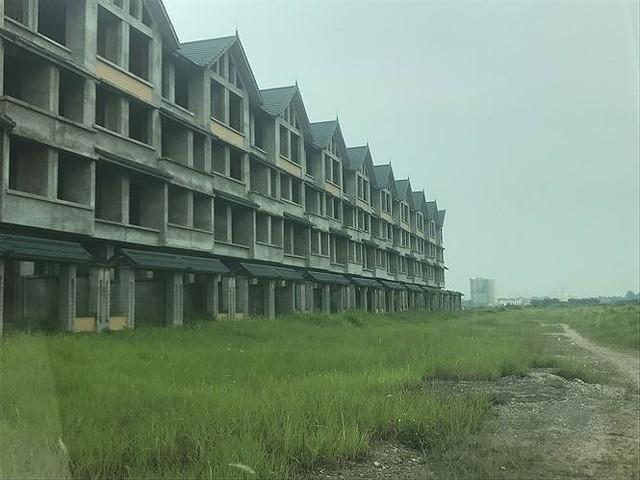 Nhiều thành thị bỏ hoang sau 10 năm Hà Nội mở rộng - Ảnh 9.