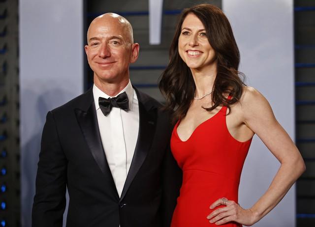 Thân thế đáng nể của người phụ nữ bên cạnh những tỷ phú giàu có nhất thế giới: Thông minh, tài năng, tự lực phát triển sự nghiệp riêng nhưng vẫn luôn hỗ trợ sự nghiệp của chồng - Ảnh 1.