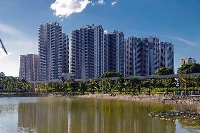 Các dự án công viên, hồ điều hòa Hà Nội ngổn ngang dưới nắng 40 độ - Ảnh 6.