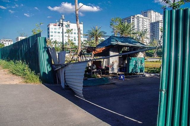 Các dự án công viên, hồ điều hòa Hà Nội ngổn ngang dưới nắng 40 độ - Ảnh 7.