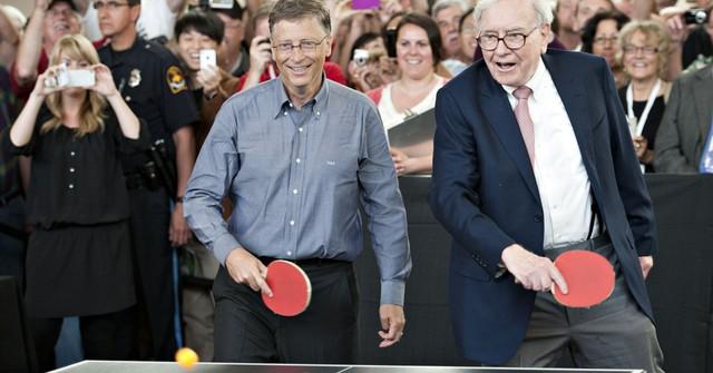 Trong suốt hơn 25 năm tình bạn, đây là bốn điều giá trị nhất Bill Gates học được từ tỷ phú Warren Buffett - Ảnh 2.
