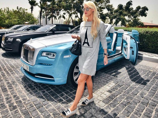 Hoa mắt với câu lạc bộ các quý cô chơi siêu xe ở Dubai: Cuộc sống quá ngắn để lái một chiếc xe nhàm chán - Ảnh 3.