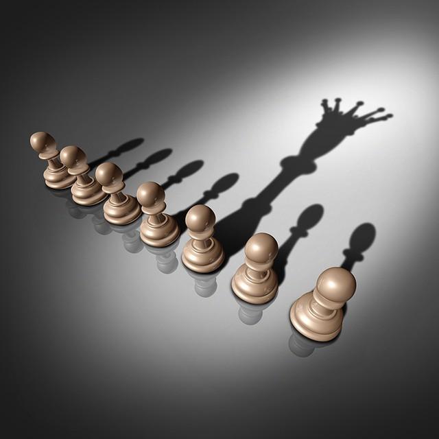 Từ một người thông minh đến một ông chủ tuyệt vời: Muốn làm một lãnh đạo thực sự, bạn phải rời xa điểm thành công đầu tiên của mình - Ảnh 2.