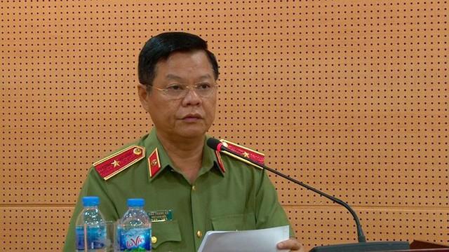 Tướng Đào Thanh Hải: Tàu cảnh sát đường thủy cạnh tàu cát tặc không phải của Hà Nội - Ảnh 1.