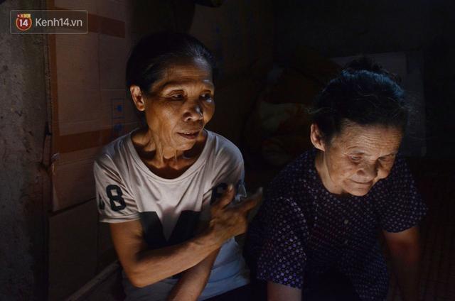 Xóm trọ nghèo không quạt, không điều hòa ở Hà Nội: Ban ngày đi khỏi nhà, ban đêm phải đổ nước lên giường mới ngủ được - Ảnh 3.