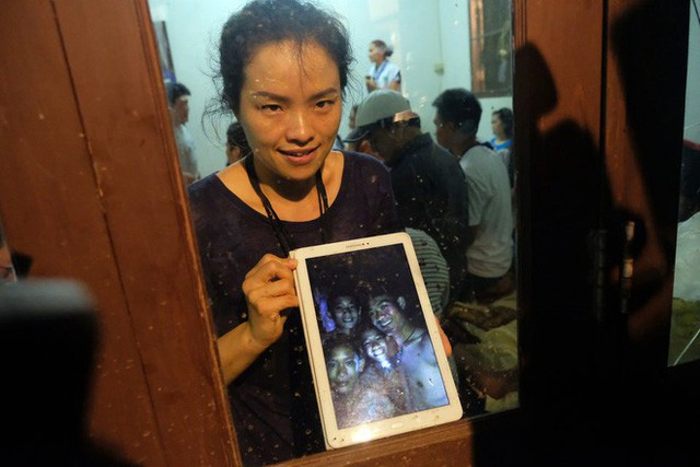 Các hình ảnh cho thấy quy mô và độ phức tạp của nỗ lực giải cứu các cậu bé Thái Lan bị mắc kẹt - Ảnh 19.