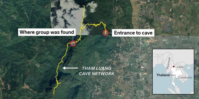 Các hình ảnh cho thấy quy mô và độ phức tạp của nỗ lực giải cứu các cậu bé Thái Lan bị mắc kẹt - Ảnh 3.