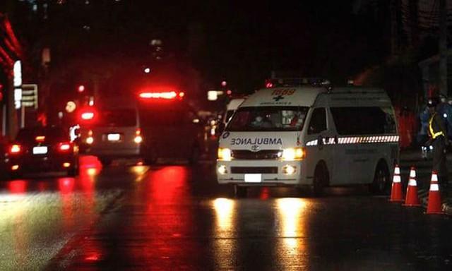 [LIVE] Thêm nhiều xe cứu thương giải cứu đội bóng nhí rời khỏi hang Tham Luang - Ảnh 3.