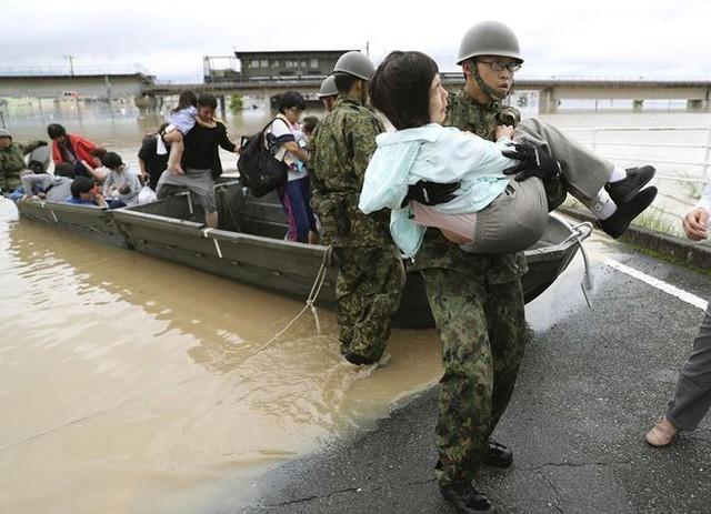 Mưa lũ, lở đất tại Nhật Bản: Ít nhất 44 người thiệt mạng - Ảnh 3.