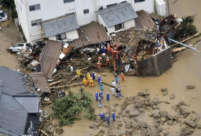Mưa lũ, lở đất tại Nhật Bản: Ít nhất 44 người thiệt mạng - Ảnh 5.
