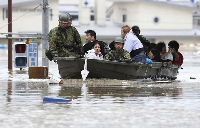Mưa lũ, lở đất tại Nhật Bản: Ít nhất 44 người thiệt mạng - Ảnh 6.