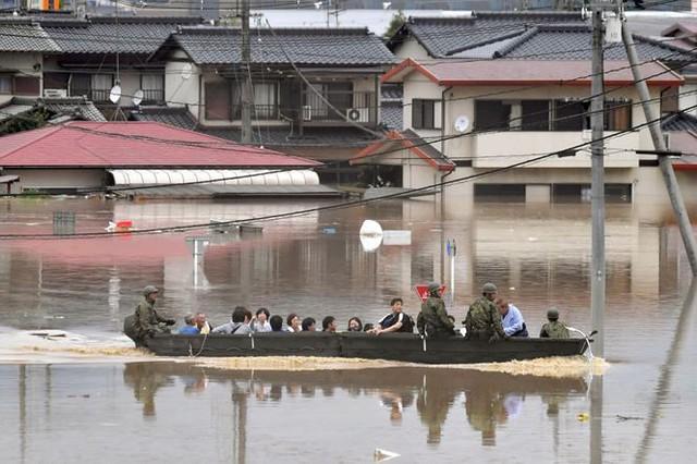 Mưa lũ, lở đất tại Nhật Bản: Ít nhất 44 người thiệt mạng - Ảnh 7.