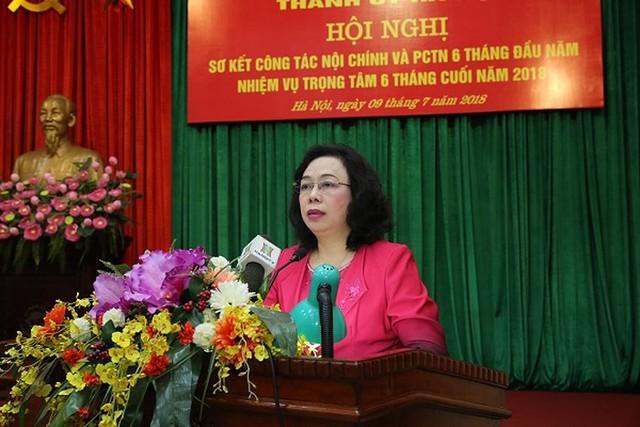 Hà Nội: Yêu cầu Bí thư, Chủ tịch quận huyện hoãn đi nước ngoài để tập trung chỉ đạo công việc - Ảnh 1.