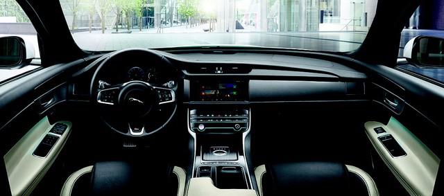 Jaguar XF – Chiếc sedan thể thao cá tính nhà báo đốm - Ảnh 1.