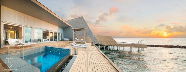Điểm tên 5 biệt thự nổi trên mặt nước hấp dẫn nhất ở thiên đường hạ giới Maldives - Ảnh 8.