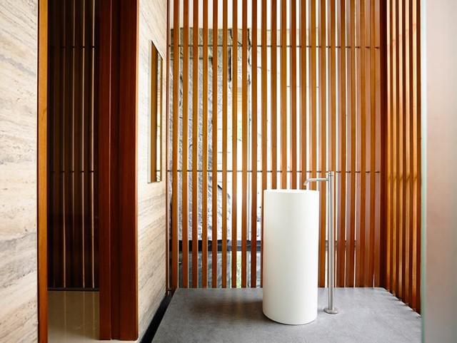 Biệt thự trang trí bằng gỗ ấn tượng - Ảnh 14.