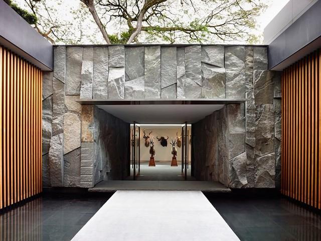 Biệt thự trang trí bằng gỗ ấn tượng - Ảnh 15.