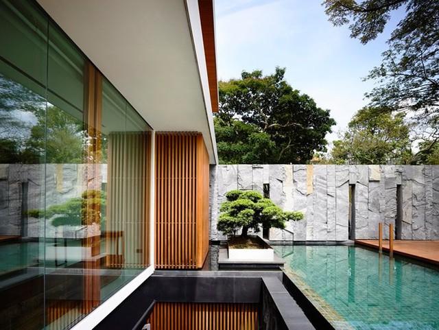Biệt thự trang trí bằng gỗ ấn tượng - Ảnh 4.