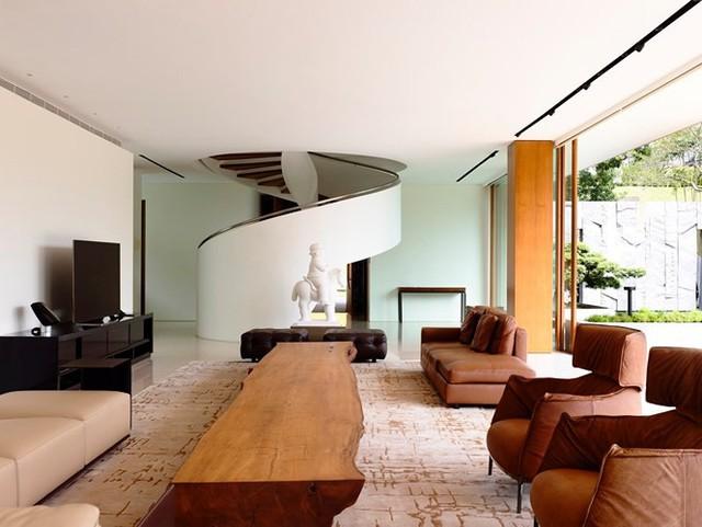 Biệt thự trang trí bằng gỗ ấn tượng - Ảnh 8.