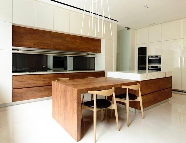 Biệt thự trang trí bằng gỗ ấn tượng - Ảnh 10.