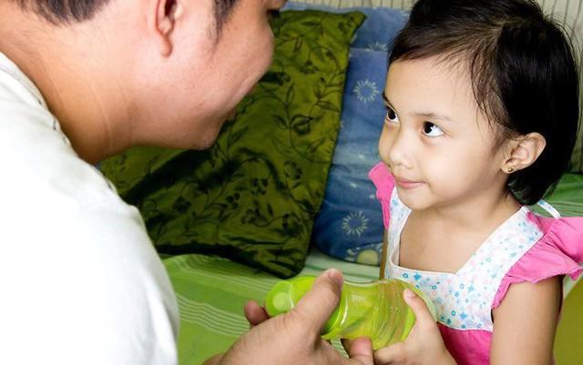 20 phép lịch sự căn bản bố mẹ cần dạy con trước khi trẻ lên 10 - Ảnh 6.